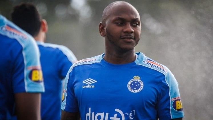 Para fechar a lista do Cruzeiro, o atacante Sassá está emprestado ao Coritiba até dezembro de 2020. Seu vínculo com os mineiros acaba em dezembro de 2021.