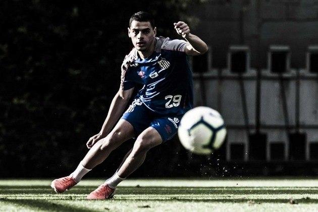 Para fechar a lista do Santos, o atacante Alexandre Tam foi emprestado ao Confiança até o final da Série B. Ele tem acordo com o Peixe até abril de 2022.