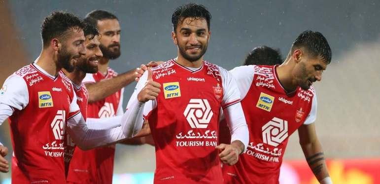Para finalizar, na Ásia, apenas um time está classificado para a final para a Champions local, o Persepolis, do Irã. Do outro lado do chaveamento, o torneio ainda está na fase de grupos (paralisado por conta da Covid-19).
