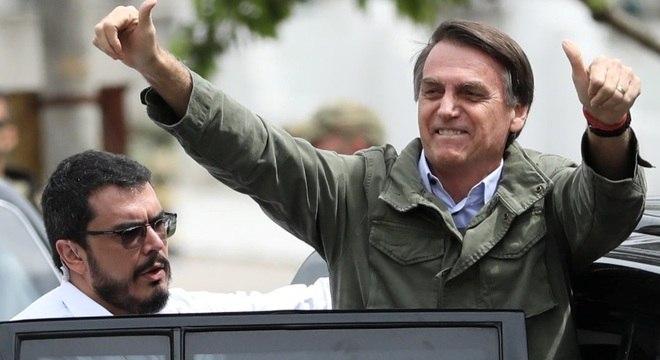 Bolsonaro subirá rampa do Palácio do Planalto daqui a 65 dias