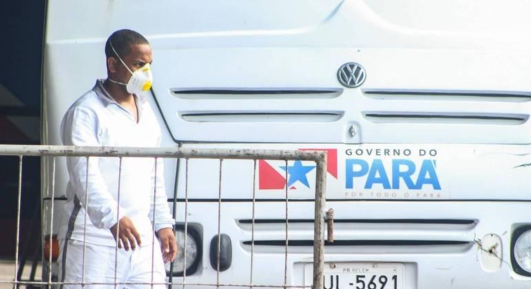 Movimento em hospital de campanha montado em Belém (PA)