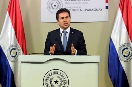 O ministro queria a revisão do acordo