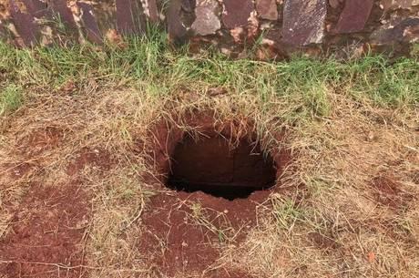 Presos cavaram buraco para fugir de prisão paraguaia