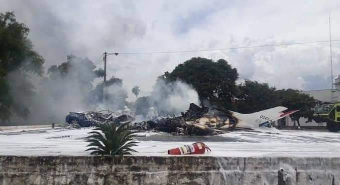 Queda de avião deixou sete mortos em Luque, no Paraguai