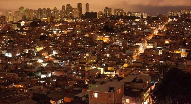 Nove pessoas morreram durante ação da PM em Paraisópolis (SP)