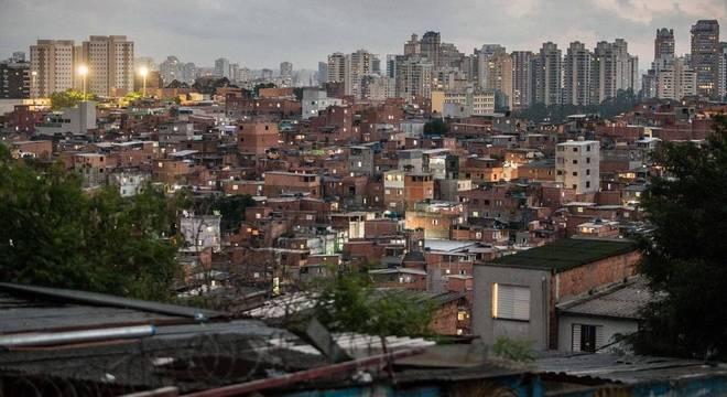Moradores de Paraisópolis gravaram videos da ação violenta da polícia militar