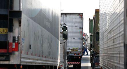 Na imagem, protesto de caminhoneiros