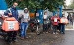 Manifestação e paralisação de motoristas de entrega de comida por aplicativo na região da Lapa em São Paulo (SP), nesta quarta-feira (1), por melhores condições de trabalho, e por apoio em meio a pandemia da Covid-19, do novo coronavírus