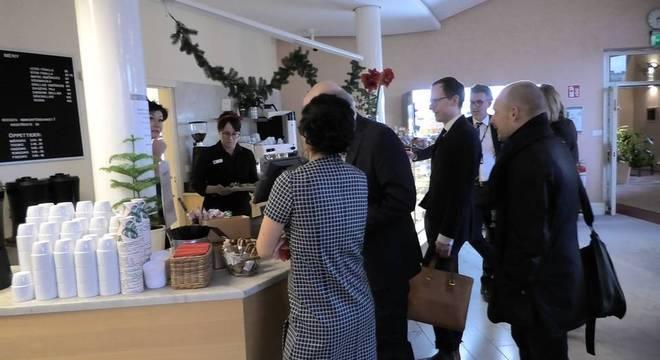 Cafezinho de graça? No Parlamento da Suécia, nem pensar