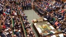 Parlamento britânico será suspenso após última sessão do dia