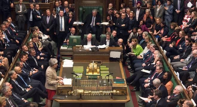 Reino Unido tem 416 mulheres no Parlamento, mas elas são menos que 30% do total