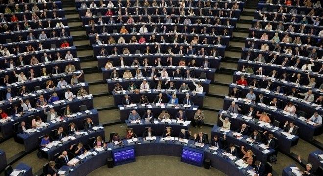 Eurodeputados votaram contra a Hungria em sessão do Parlamento Europeu
