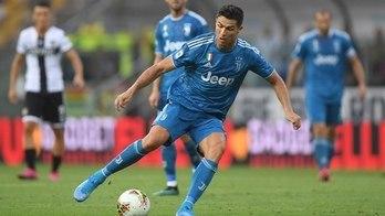 Com estreia de Cristiano Ronaldo, veja o sábado de futebol na Europa (Alberto Lingria/Reuters - 24.8.2019)