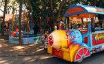O Parque da Água Branca é um patrimônio cultural, histórico, arquitetônico, turístico, tecnológico e paisagístico do estado de São Paulo e é uma opção para comemorar o Dia das Crianças. No local, há trenzinho, playground e animais soltos, como patos, o que dá a sensação de se estar em uma fazenda. O parque fica situado na avenida Francisco Matarazzo, nº 455, na Barra Funda, em São Paulo, funcionando temporariamente de segunda-feira a sexta-feira, das 10h às 16h