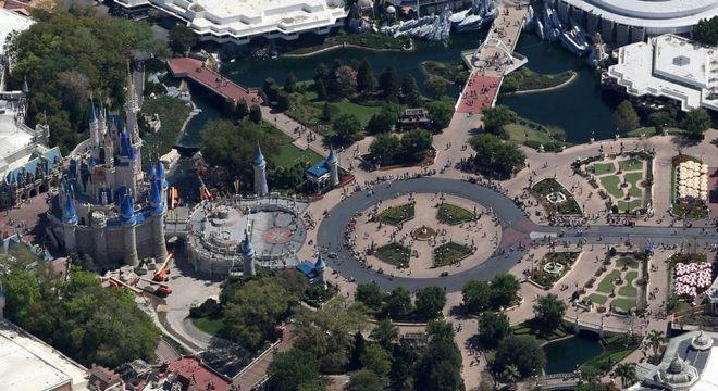 Vista aérea do complexo Walt Disney World em Orlando, na Flórida