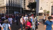 Trabalhadores da educação fazem passeata em 100 dias de greve
