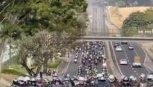 Bolsonaro participa de passeio de moto em Presidente Prudente (SP)