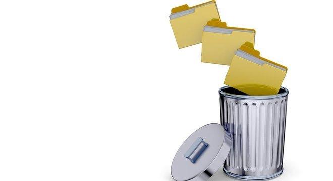 O que não nos serve mais é jogado no lixo... Não precisava ser assim: o mundo virtual poderia ter criado novos 'objetos', mas os esqueuomorfos são mais 'amigáveis ' intuitivos
