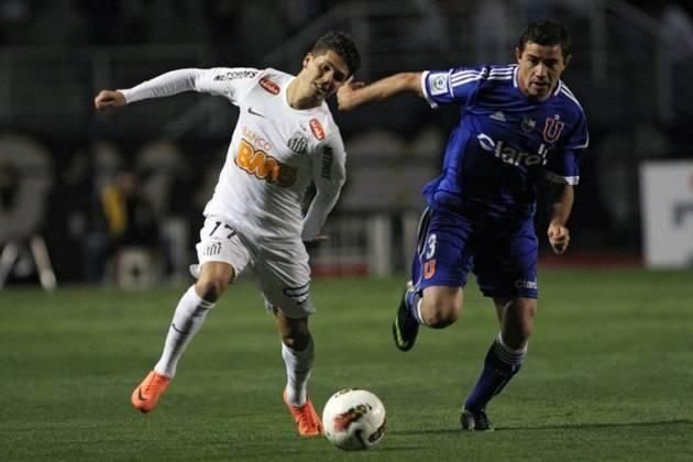 Patito Rodríguez chegou ao Santos com pompa em 2012. Poré, teve altos e baixos, marcando somente dois gols em sua passagem pelo Peixe.