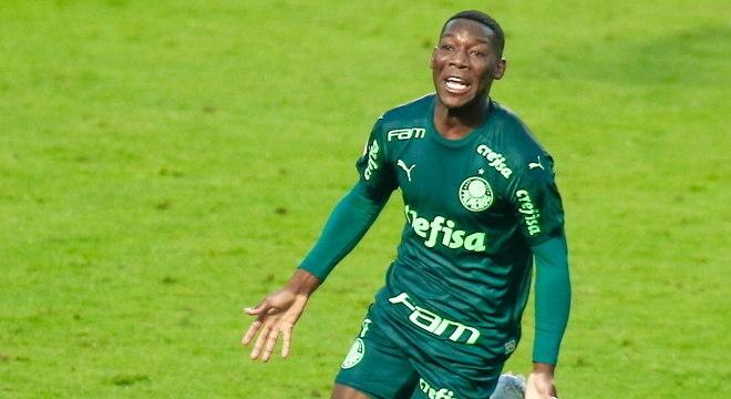 Patrick de Paula fez gol da vitória do Palmeiras sobre o Santos