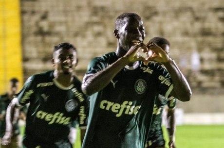 Patrick de Paula fez primeiro gol do Palmeiras