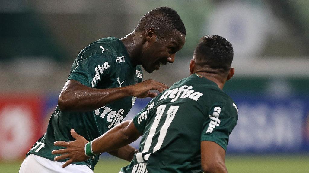 Patrick de Paula festeja seu gol, que levou o Palmeiras à final contra o Corinthians