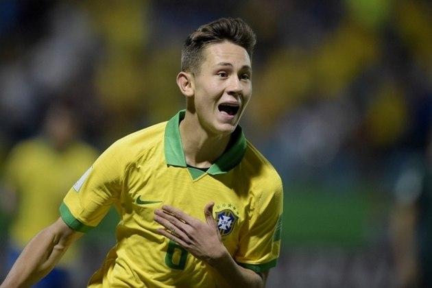 Patryck - Posição: lateral-esquerdo - Clube: São Paulo - Idade: 18 anos - Situação: teve passagens pelas seleções de base do Brasil e é um dos destaques da base do São Paulo.