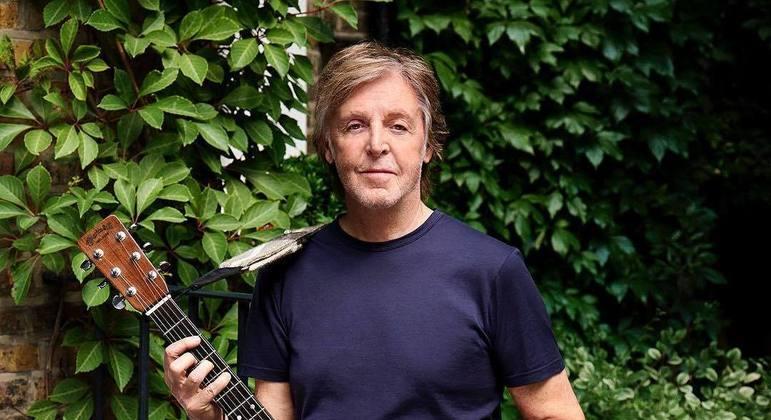 Paul McCartney continua sendo uma figura vital no centro do rock e do pop