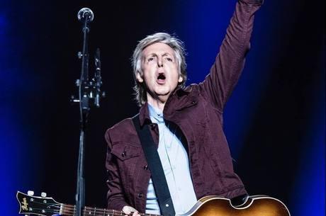 Paul McCartney chega ao Brasil nesta terça-feira (26)