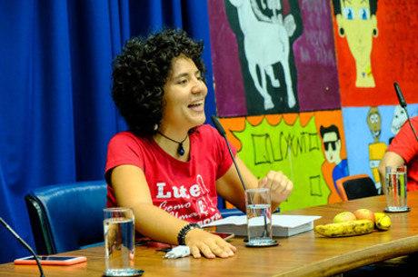 Na imagem, a deputada estadual Paula Carvalho