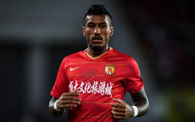 Paulinho (32 anos) - volante - Time: Guangzhou Evergrande - contrato até junho de 2022
