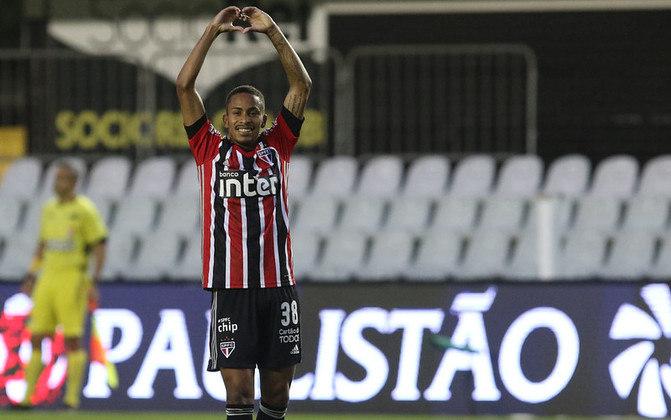 Paulinho Boia - Guarani 1 X 3 São Paulo - Jovem marcou o primeiro dele pelo Tricolor e fechou a participação do time na primeira fase