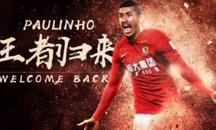 Paulinho - Deixou o Barcelona e voltou ao Guangzhou Evergrande