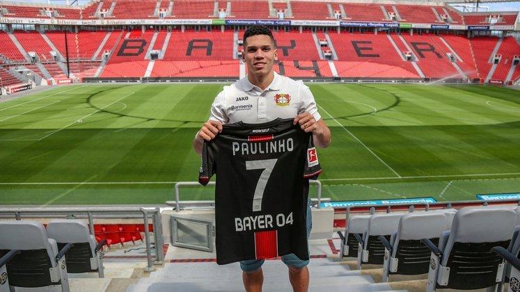 Paulinho - Revelado pelo Vasco da Gama, o atacante foi rapidamente vendido ao Bayer Leverkusen como uma grande promessa, porém, hoje aos 20 anos, ainda não despontou como o craque que todos esperavam e é avaliado em R$ 84 milhões.
