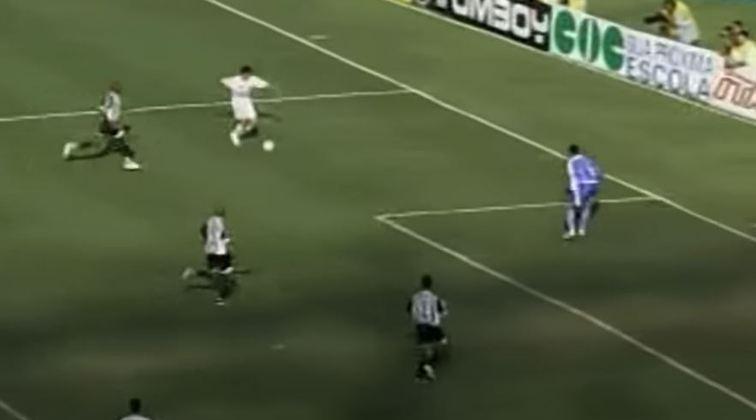 Paulistão de 2006 - Um dos títulos que o Tricolor passou mais perto de conquistar foi o Paulistão de 2006. Disputado em pontos corridos, o campeonato acabou liderado pelo Santos, somente um ponto na frente do Tricolor.