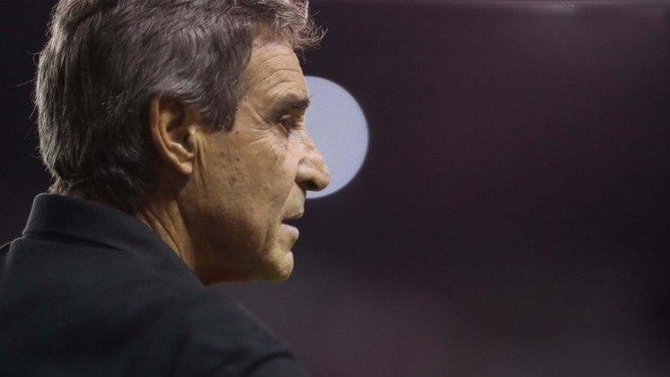 Paulo César Carpegiani (2010-2011) - Dirigiu o time por 114 partidas ao todo, com 70 vitórias, 13 empates e 31 derrotas. Teve uma boa passagem pelo clube em 1999.