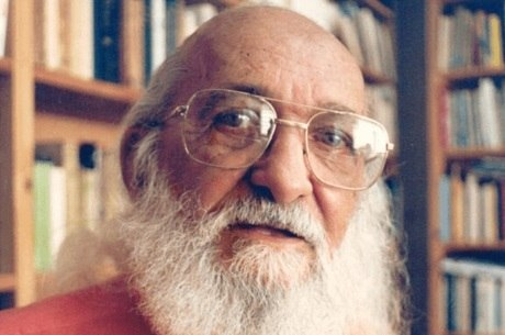 Freire é Patrono da Educação Brasileira