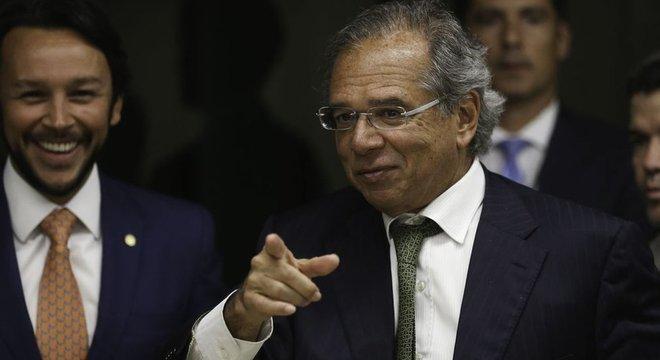 Discurso de Paulo Guedes e Bolsonaro sobre privatizações se afastou na reta final da campanha