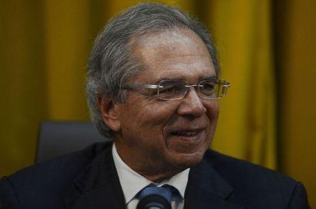 """Paulo Guedes: """"A economia está começando a crescer"""""""