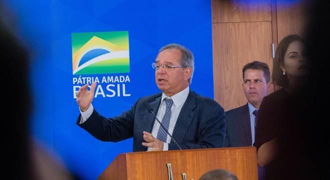 Ministro afirma que privatizações serão ainda mais aceleradas