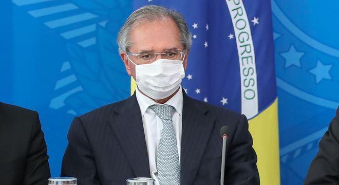 Ministro Paulo Guedes estima que país voltará a crescer em cinco meses