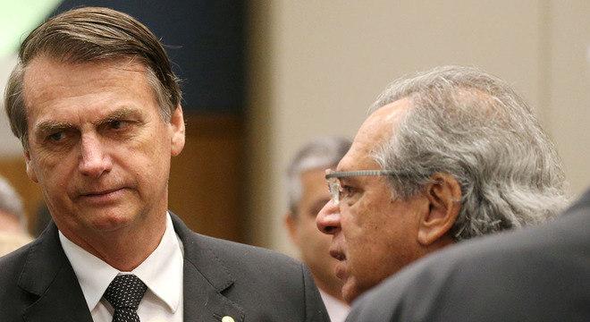 Jair Bolsonaro e o ministro Paulo Guedes reúnem-se com governadores
