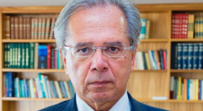 Paulo Guedes, ministro da Economia,  é o convidado do JR Entrevista desta quarta (5)