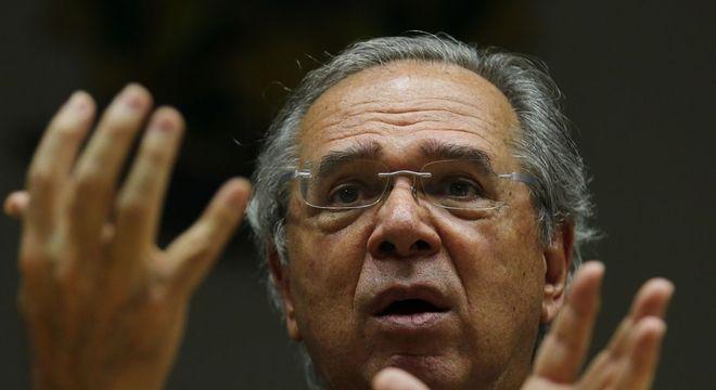 O ministro da Economia, Paulo Guedes, que defendeu a alta do dólar