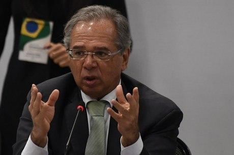 Governo estuda antecipar  até R$ 6 bi para entes federativos