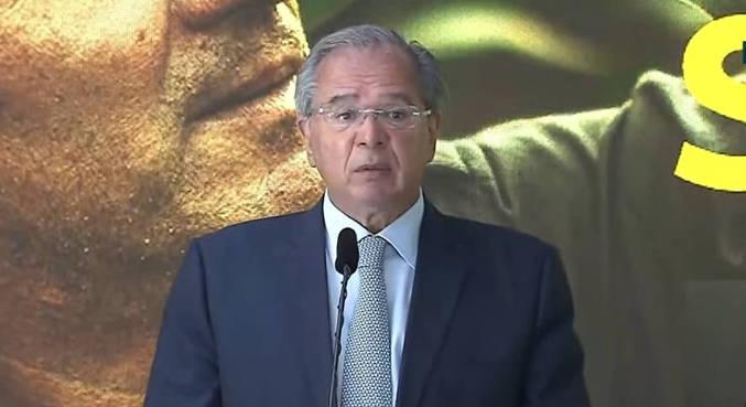Paulo Guedes participou do anúncio da prorrogação do auxílio emergencial
