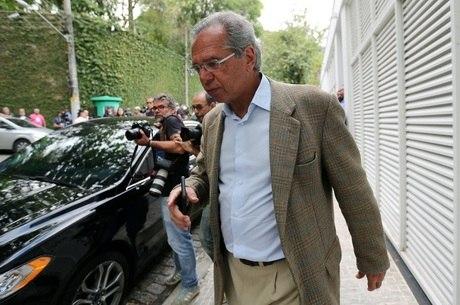 Paulo Guedes se reuniu com Bolsonaro nesta tarde