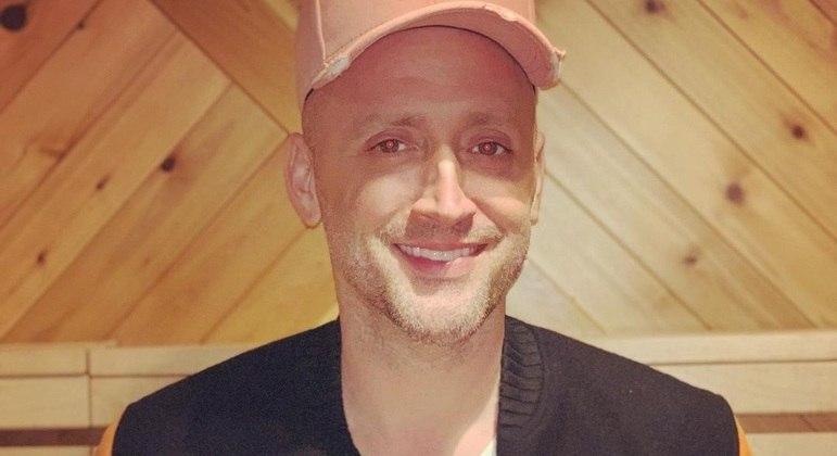 Artista foi hospitalizado no último dia 13 de março após complicações da covid-19