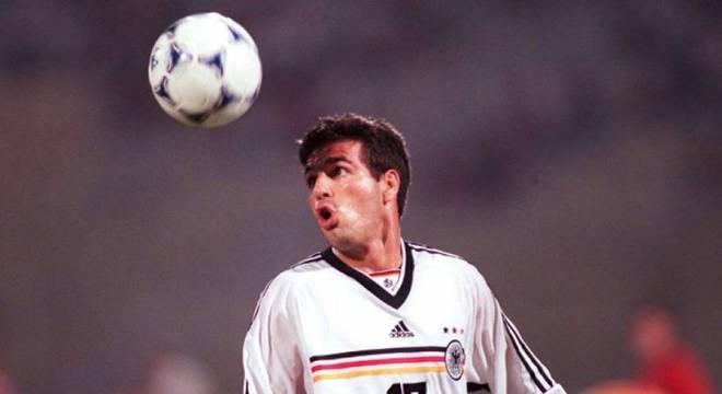 Paulo Rink defendeu a Alemanha no início da década passada. Ao todo, foram 13 partidas disputadas e um gol marcado. (Reprodução)