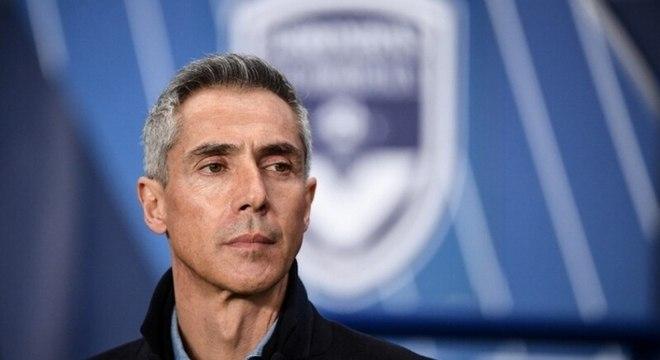 Paulo Sousa - Sem clube desde que deixou o Bordeaux, da França, em agosto de 2020, o português tem passagens pelo Campeonato Inglês e Italiano
